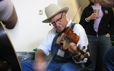 Gary Lee Moore, oldtime fiddler, Seattle, Wa, photo
